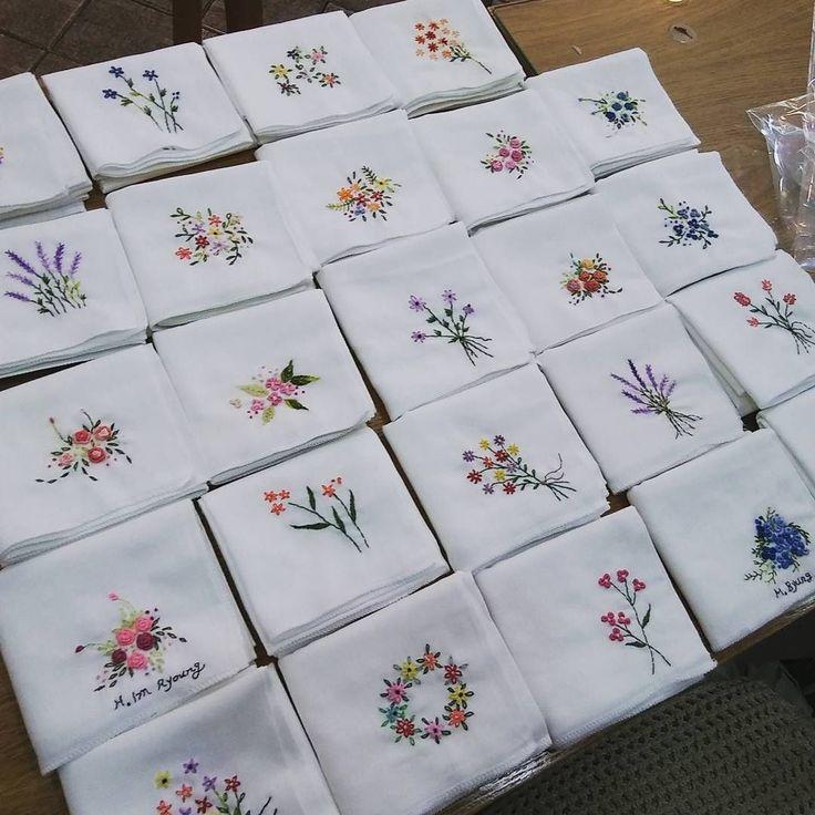 #embroidery#stitch#needlework#handkerchief#dishcloth #프랑스자수#일산프랑스자수#자수#자수손수건#자수행주 # hj 님께 보내드릴 손수건~ 완성!! ~