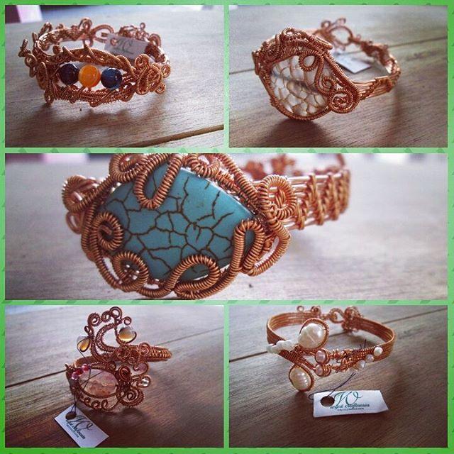 Koleksi gelang kawat ku, menunggu untuk dijemput ^^ #gelangkawat #gelangunik #gelangcantik #gelang #gelanghandmade #wynt_craftnesia #wirework #wirebracelet #copperwire #copperwirejewelry