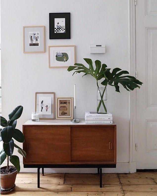 Bright and Trendy Mid Century Modern Bedroom Decor Ideas #moderninteriordesignbe…