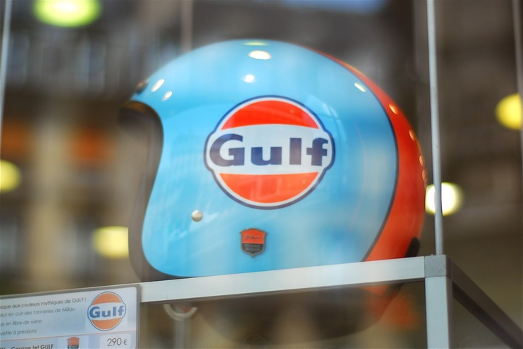 """Gulf helmet"", motorcycle shop in Paris.  Dwight Street"