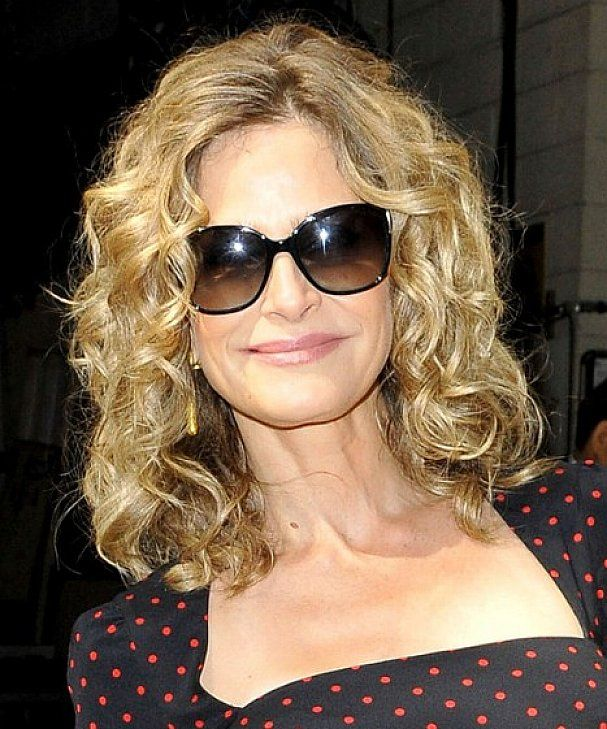 Cute Medium Length Curly Hairstyles for Curly and Coarse Hair Older Women with Long Faces ...