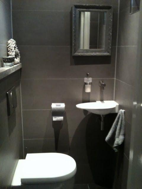 25 beste idee n over kleine toiletruimte op pinterest toilet beneden toiletruimte en wc - Wc decoratie ideeen ...