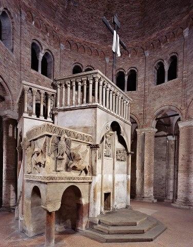 Basilica del Santo Sepolcro, Basilica Santuario di Santo Stefano, Bologna. Ambone, XI-XII secolo