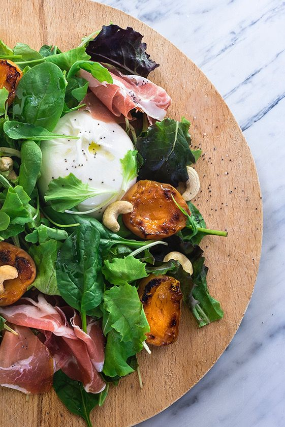 Grilled apricots, prosciutto and burrata salads #Saltapoggio #extravirginoliveoil #evoo #foodphotography #foodstyling