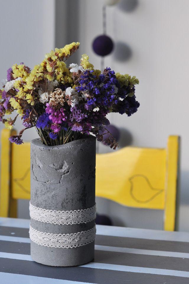 Cement Vase #DIY #lace