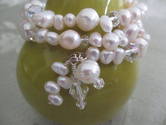 Freshwater Pearl Bracelet by WolfCreekCreations on Etsy, $20.00