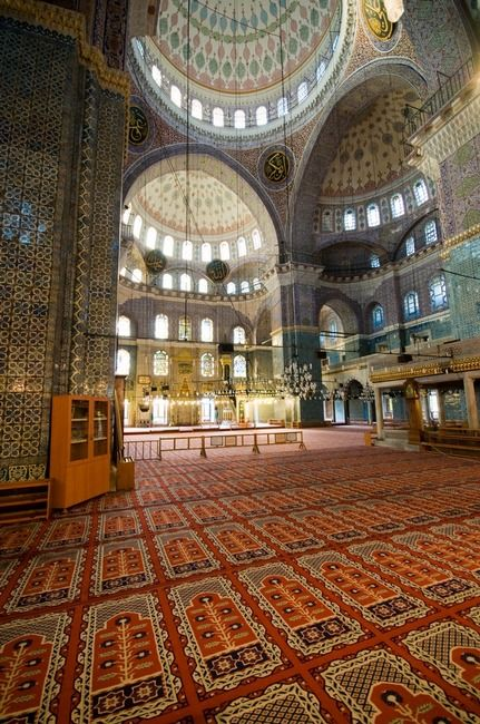 Interior of Yeni Cami (New Mosque), Istanbul, Turkey