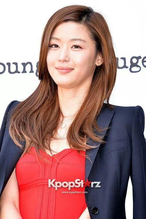 Jun ji hyun 2019 | 黒髪