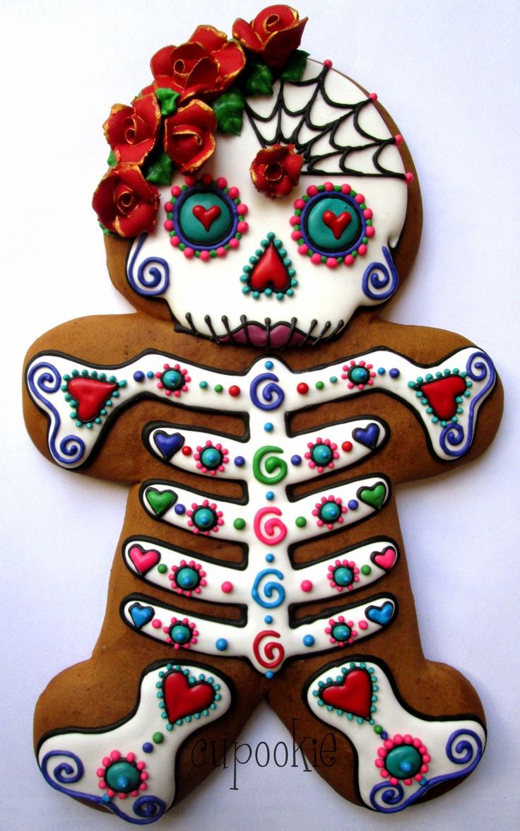 Cupookie: Day Of The Dead Gingerbread Woman (Dia de los Muertos isn't Halloween, but as they're celebrated at the same time, I'm including it in my Halloween pins).                                                                                                                                                      More