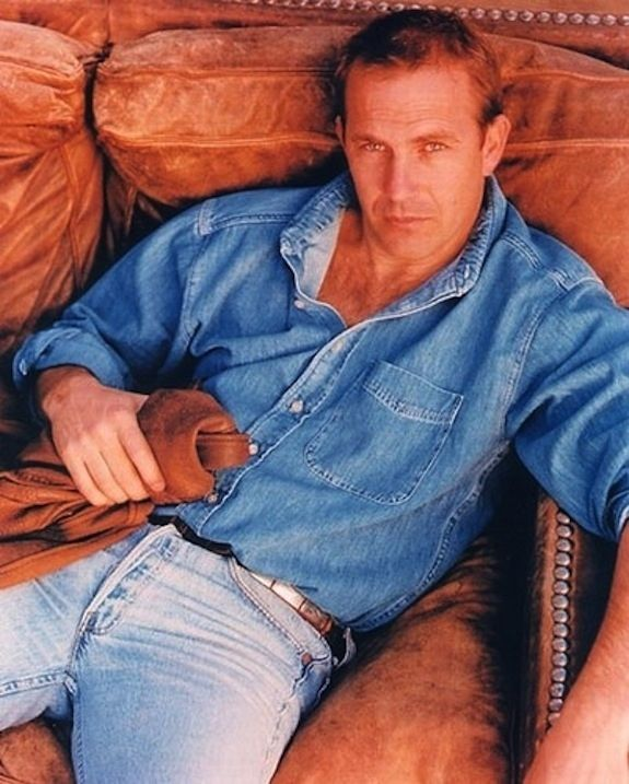 24 Sultry Photos Of Kevin Costner