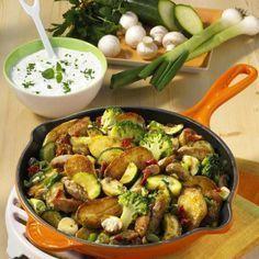 Gemüse-Kartoffel-Pfanne Rezept | LECKER