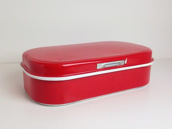 Vintage Bread Container Red  / Bread box / Bread bin by ScandiModa