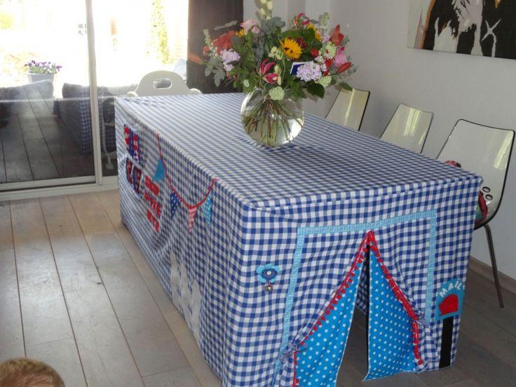 Een tafeltent voor Astrid | Voorbeeld tafeltenten | grietjesenpietjes