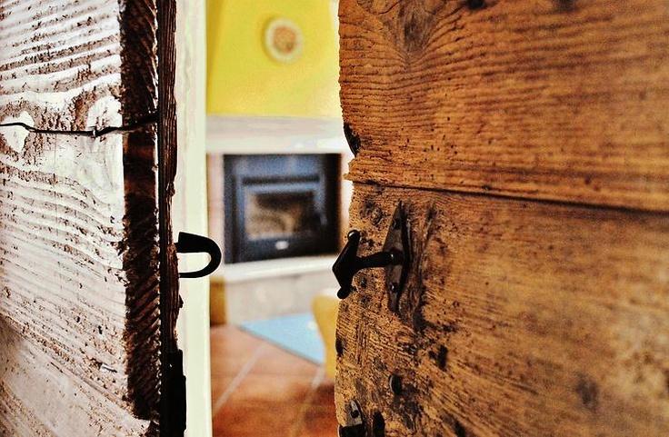 un po' datata ma...accogliente by Sandra Faccin @ http://adoroletuefoto.it
