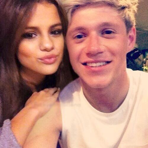 Selena Gomez en couple avec Niall Horan ? Check more at http://people.webissimo.biz/selena-gomez-en-couple-avec-niall-horan/