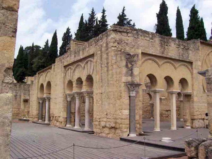 Exterior del Edificio Basilical Superior