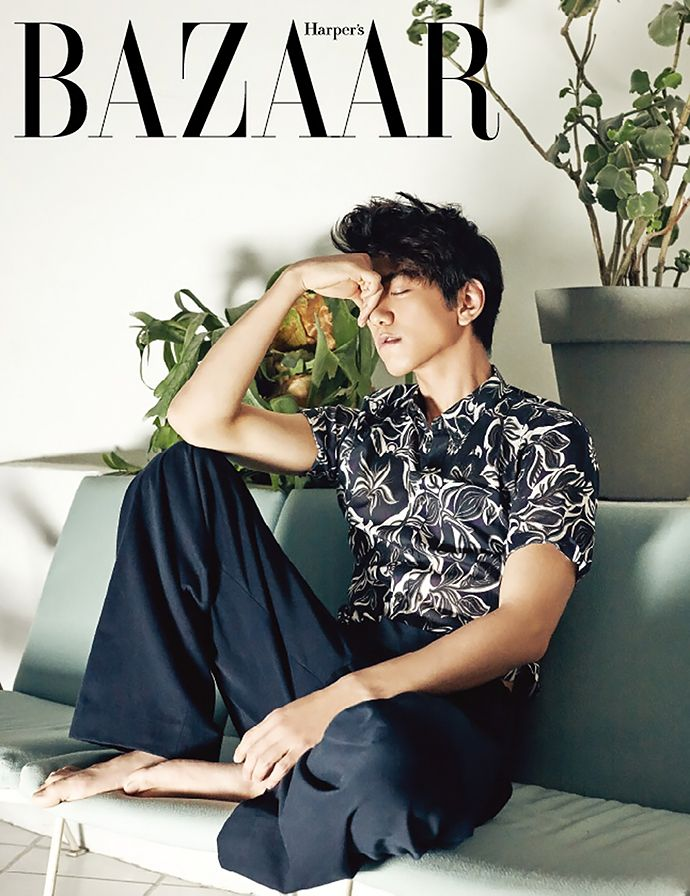 The latest issue of Harper's Bazaar Korea reveals that Sung Joon doesn't quite have the green thumb, but he does like those botanical prints as part of his style. Meanwhile, Seo Kang Jo…