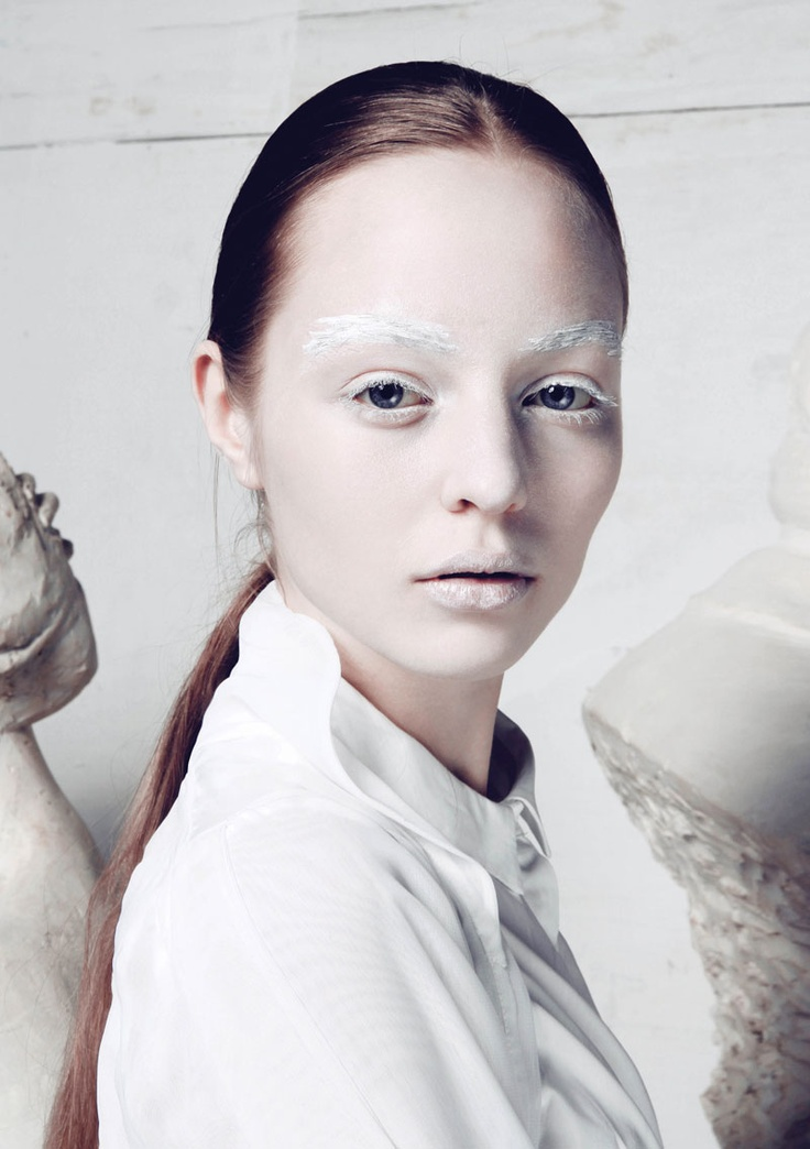 »A TOUCH OF WHITE« SHOT BY BALINT BARNA / STYLED BY MARCI NAGY