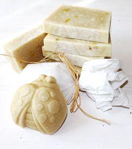 Jabón para bebés y pieles delicadas. #jabonesnaturales #soaps #cosmeticanatural #campodifiore #skincare #belleza #beauty