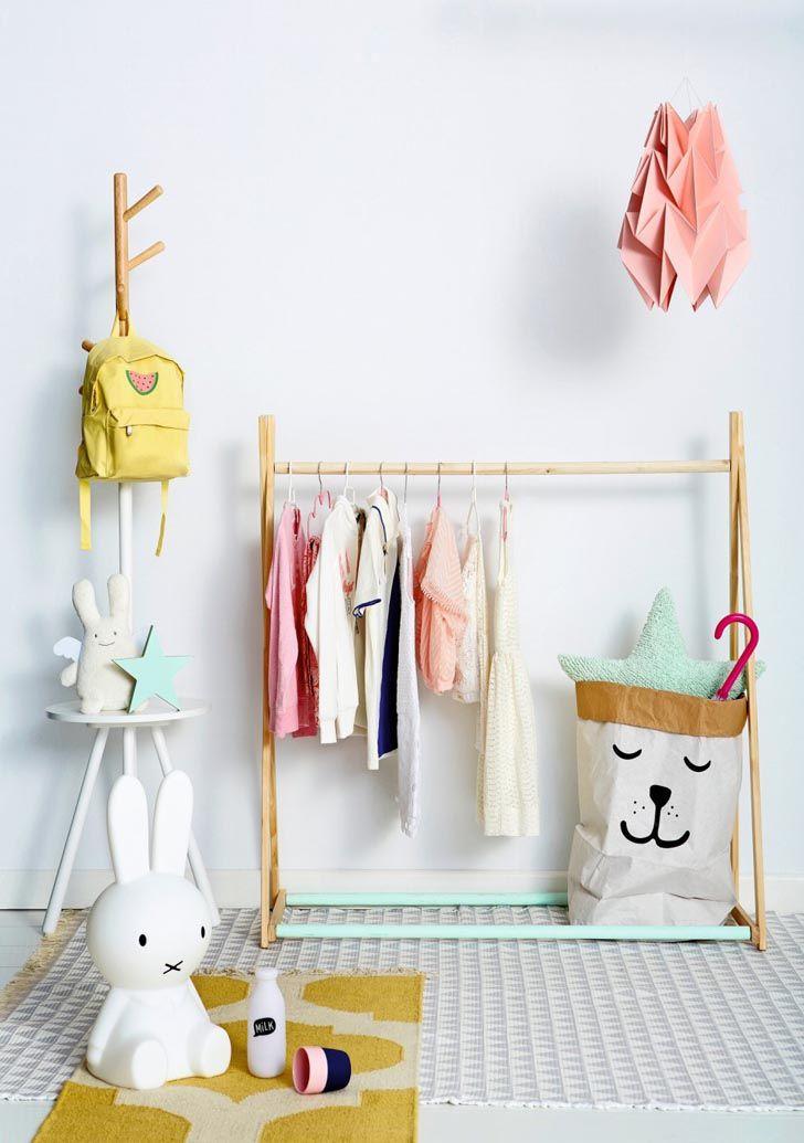 Las 25 mejores ideas sobre organizar la ropa de los ni os - Organizar habitacion infantil ...