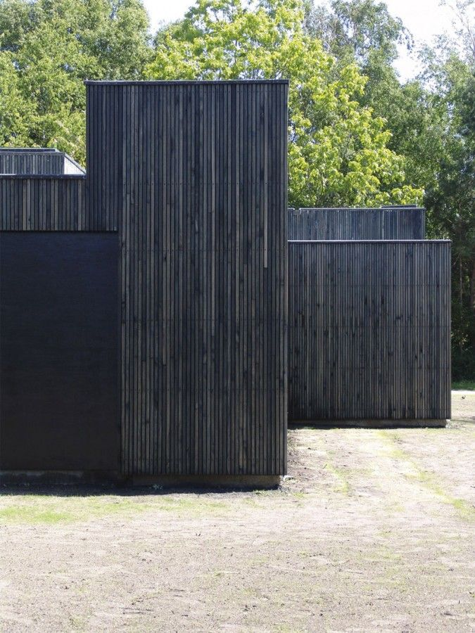 exterior01 - VERTICAL BLACK TIMBER CLADDING