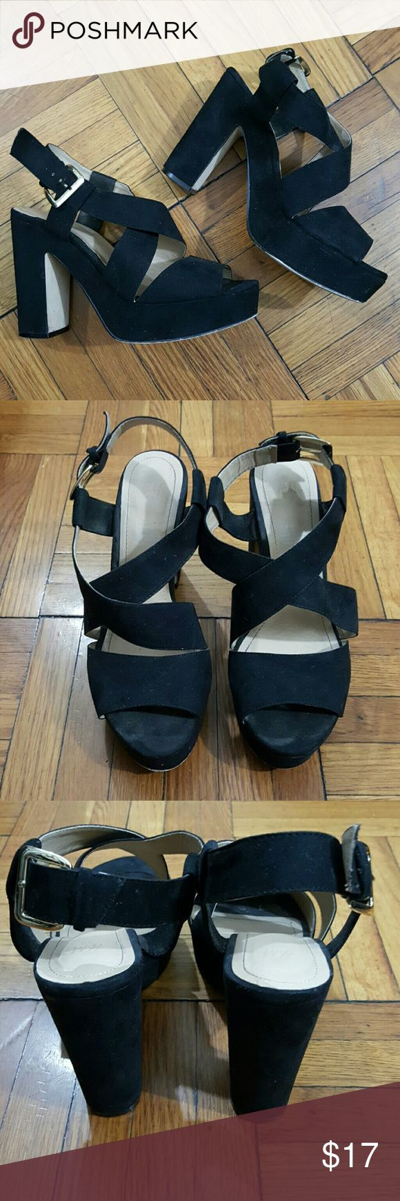 """H&M Black Platform Heels 38 These are a pair of size 3 (7.5) black platform pumps from H&M. Minimal signs of wear. Heels are approximately 5"""" and lift on front is 1.5"""".  No trades. H&M Shoes Platforms"""