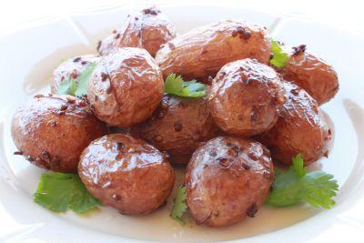 Πατάτες αντιναχτές - Μια συνταγή από το νησί της θεάς Αφροδίτης - Δοκιμάστε την!