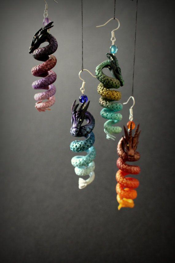 Aretes de fantasía dragón rojo de arcilla por ArtisticVariations84