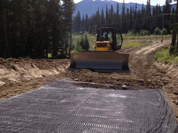 Experience in variety of small and large Earthwork projects.