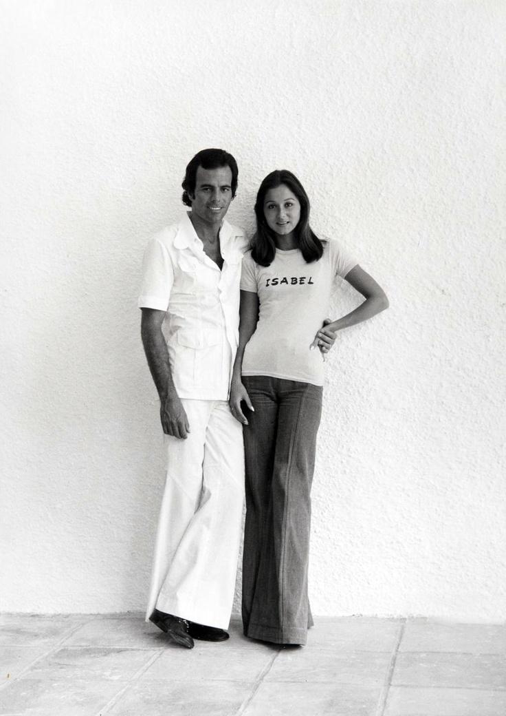 Isabel Preysler & Julio Iglesias by Juan Gyenes.