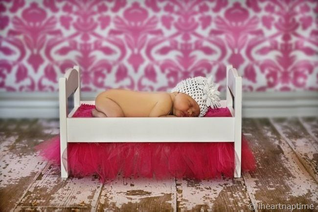 The cuteness is killing me.   (What a good idea for tired looking doll beds!)