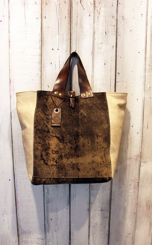 MY BAG WOOD https://www.etsy.com/it/shop/LaSellerieLimited?ref=listing-shop-header-item-count