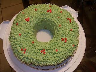 Wreath Cake