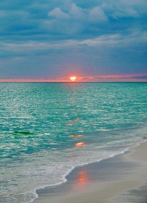 ...calm blue ocean, calm blue ocean...  https://sphotos-a.xx.fbcdn.net/hphotos-ash3/576901_479458698788001_368974175_n.jpg