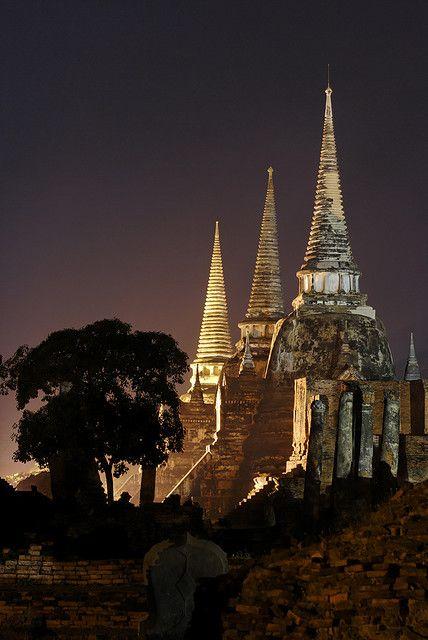 Wat Phra Sri Sanphet at night, Ayutthaya - Thailand