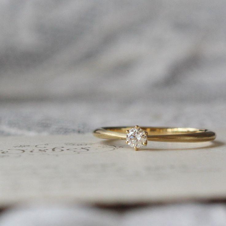 ゴールドの婚約指輪。 [エンゲージリング,ダイヤモンド,ウエディングリング,diamond,K18,gold,simple,wedding ring]