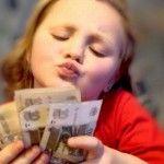 Социальное пособие на ребенка в 2013 году
