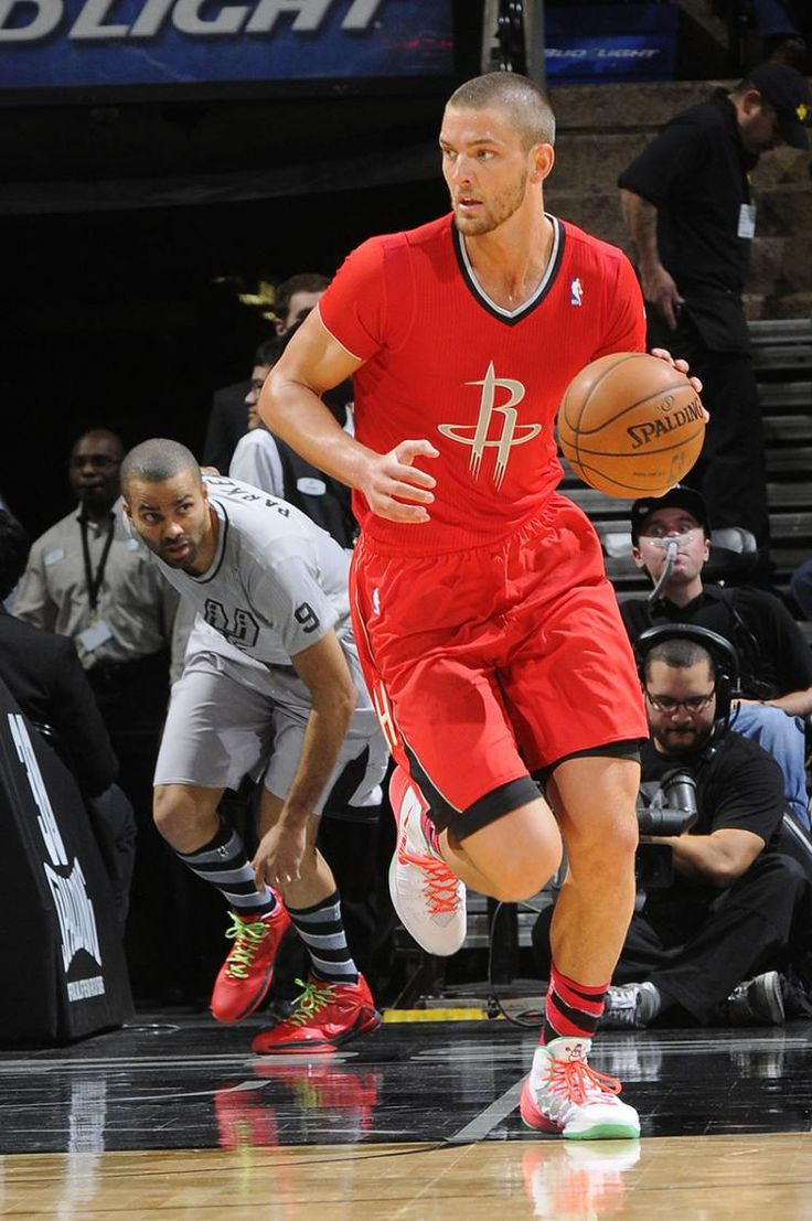 Chandler Parsons honors his 10-year-old hero | GatorZone.com