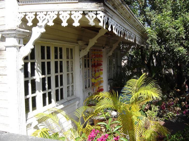 Image issue du site Web http://ile-de-la-reunion.info/photos/im/case-creole.jpg