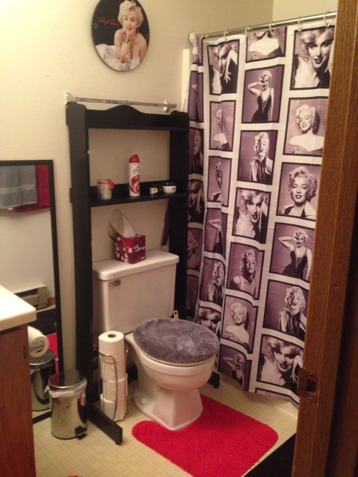 Marilyn Monroe themed bathroom ❤️