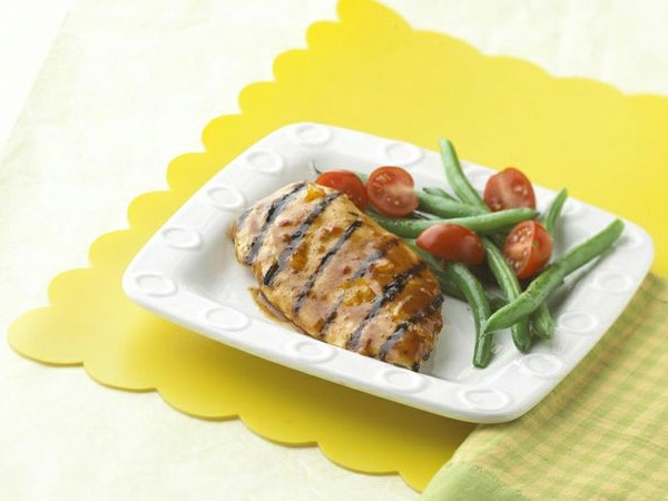 "Recipes - Main Courses - ""So Easy"" BBQ-Glazed Chicken - Kraft First Taste Canada"