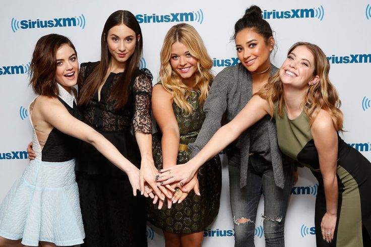 A Bunch of 'Pretty Little Liars' Stars Were All Crushing on This Cast Member
