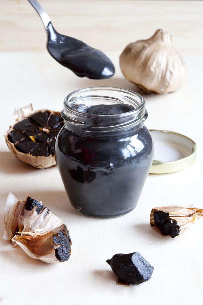 Alioli de ajo negro https://es.pinterest.com/deharogomez/salsas-y-vinagretas/