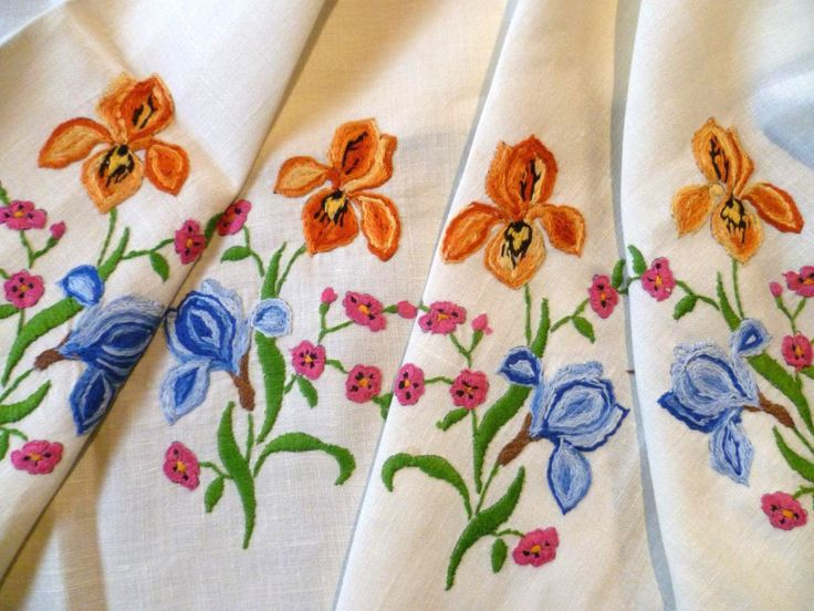 Vintage Heavily Hand Embroidered Gorgeous Iris Flowers ~ Tablecloth FOR SALE • AUD 82.77 • See Photos! Money Back Guarantee. Gorgeous Coloured Iris Flowers ~ Vintage Heavily Hand Embroidered Tablecloth Click to view supersized image I have for sale a heavily hand embroidered tablecloth with colourful displays of Iris Flowers 222466273749