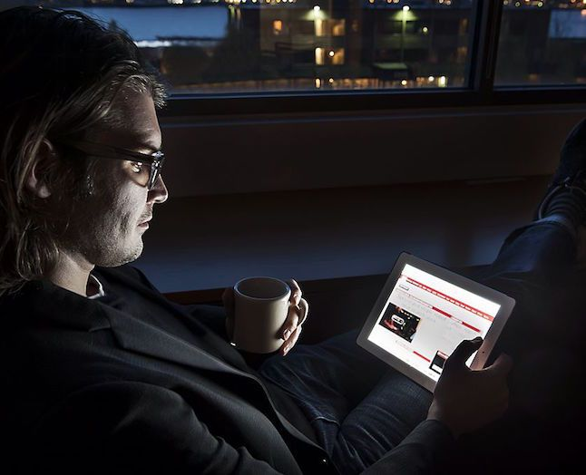 I en æra med sociale medier, VR, konstant skriftende business-modeller og disruption, er det interessant at kigge på de generelle tendenser blandt forbrugerne og trends indenfor medieforskning. Jan Birkemose har udvalgt 11 trends fra Reuters Digital News Report, som du får her.