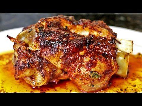 Codillos de cerdo al horno - YouTube                                                                                                                                                                                 Más