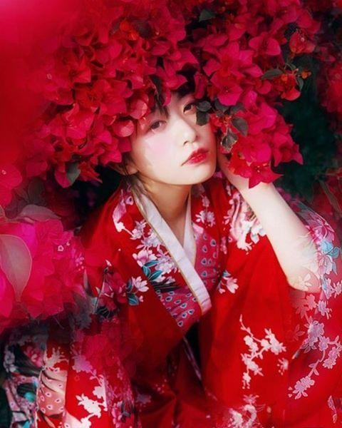#inshot #girls #cute #asiangirls #modelgirls #sun #happy #fun #blackandwhite #hair #beautiful #cool #fashion #snow #smile  #follow4follow #like4like #photography  #아름다운#날따라와  #amazing #style #love #photooftheday #chinese #korean