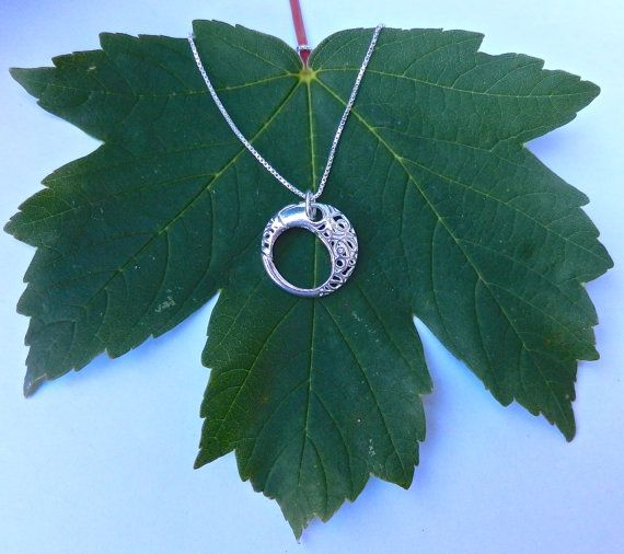 Hold My Ring Please - Sterling Silver Circle Wedding/Engagement Ring Holder Pendant Necklace on 20inch box chain