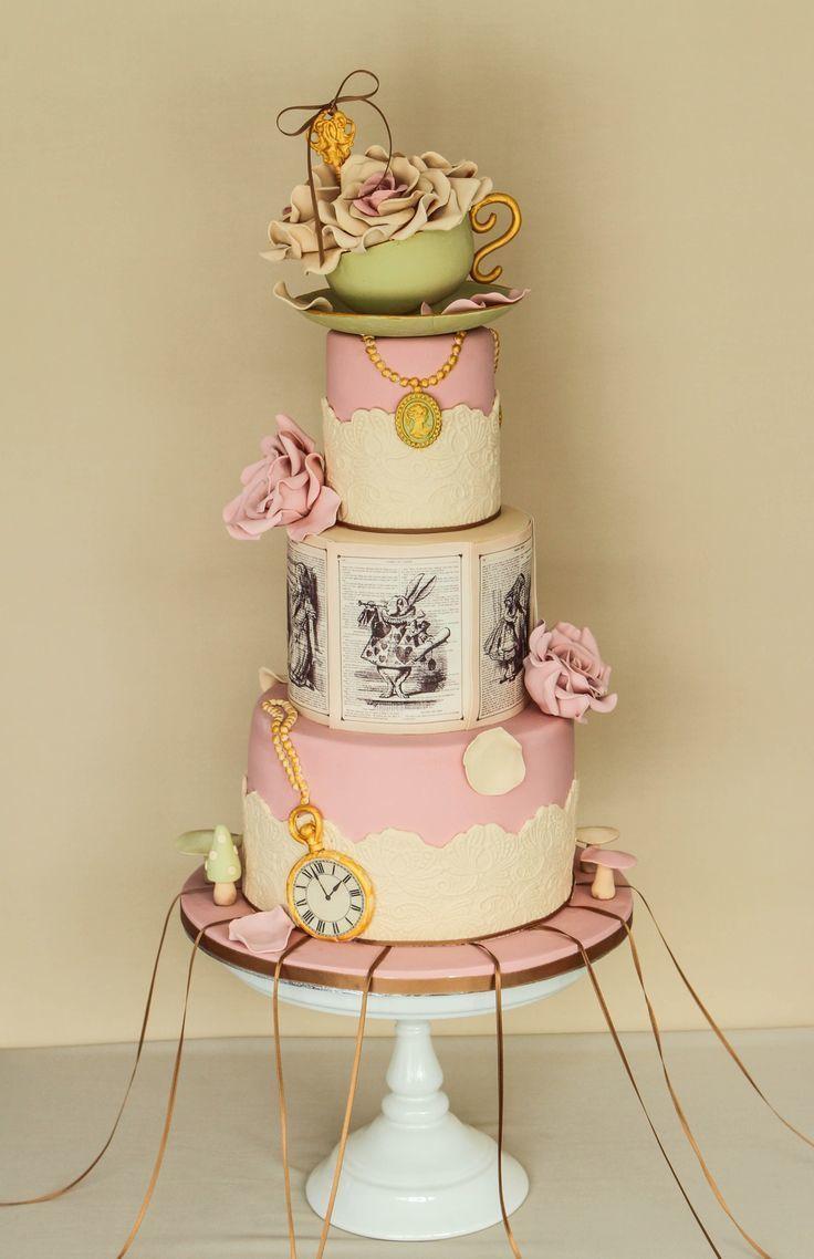 お伽話に迷い込んだよう!キュートな結婚式のウェディングケーキまとめ一覧♡