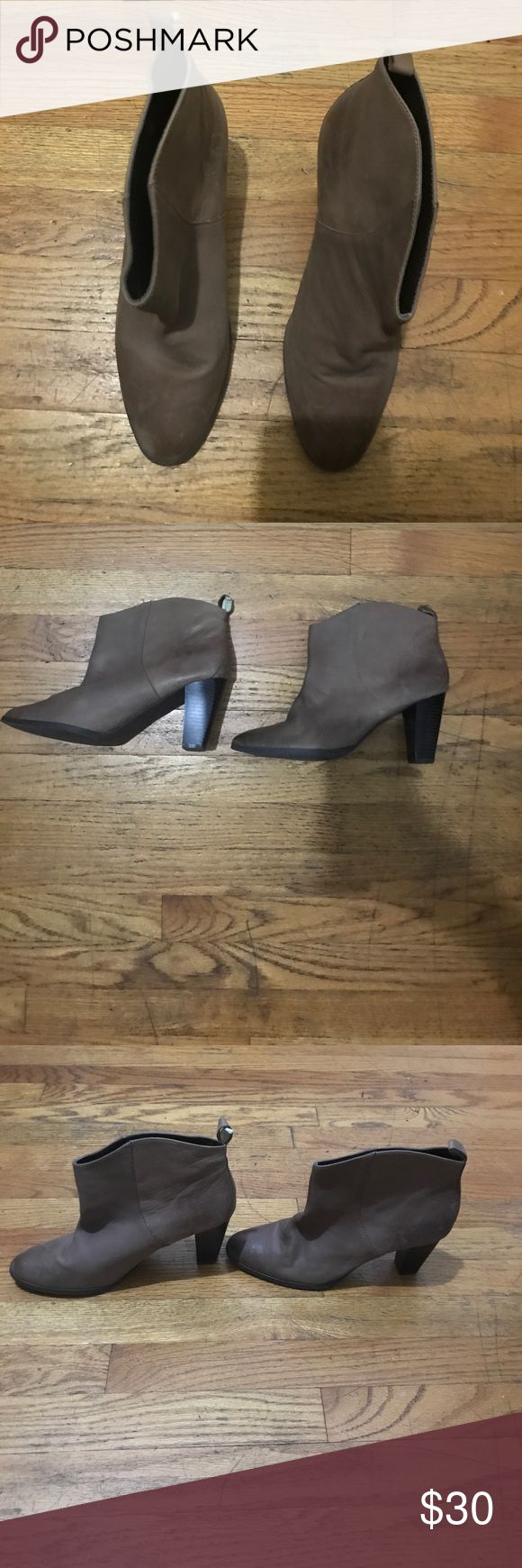 Gap heeled chelsea boots in taupe Worn once, great condition, 100% leather Shoes Heeled Boots